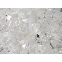 Miyuki Cube 4mm 0420 White Pearl Ceylon