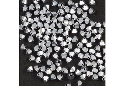 Preciosa 4mm Crystal Labrador Full
