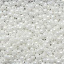 Margele Toho 11/0 401 Opaque Rainbow White
