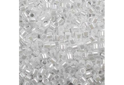 Delica 10/0 DB100201 White Pearl