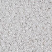 Margele Toho 6/0 121 Opaque Lusterd White