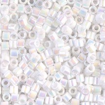 Delica 8/0 DB80202 White Pearl AB