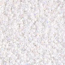 Delica 11/0 DB0202 White Pearl AB