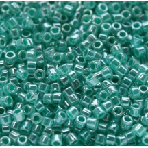 Delica 11/0 DB0238 Lined Crystal Green Aqua Lust