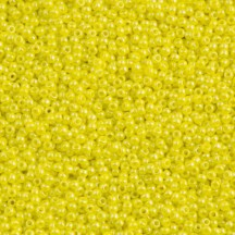 Margele Toho 11/0 0042 Opaque Dandelion