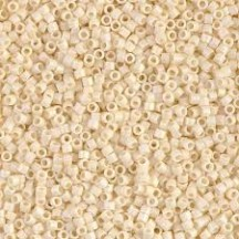 Delica 11/0 DB0883 Opaque Cream AB Matted